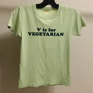 v is for vegetarian tee